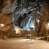 Hospital Cave