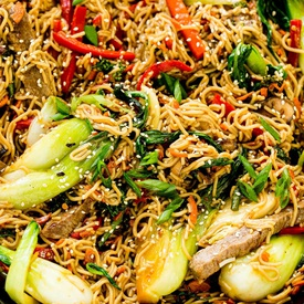 Stir-fried Noodle with Bok Choy and Beef