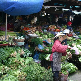 Bargaining Tips For Your Vietnam Shopping